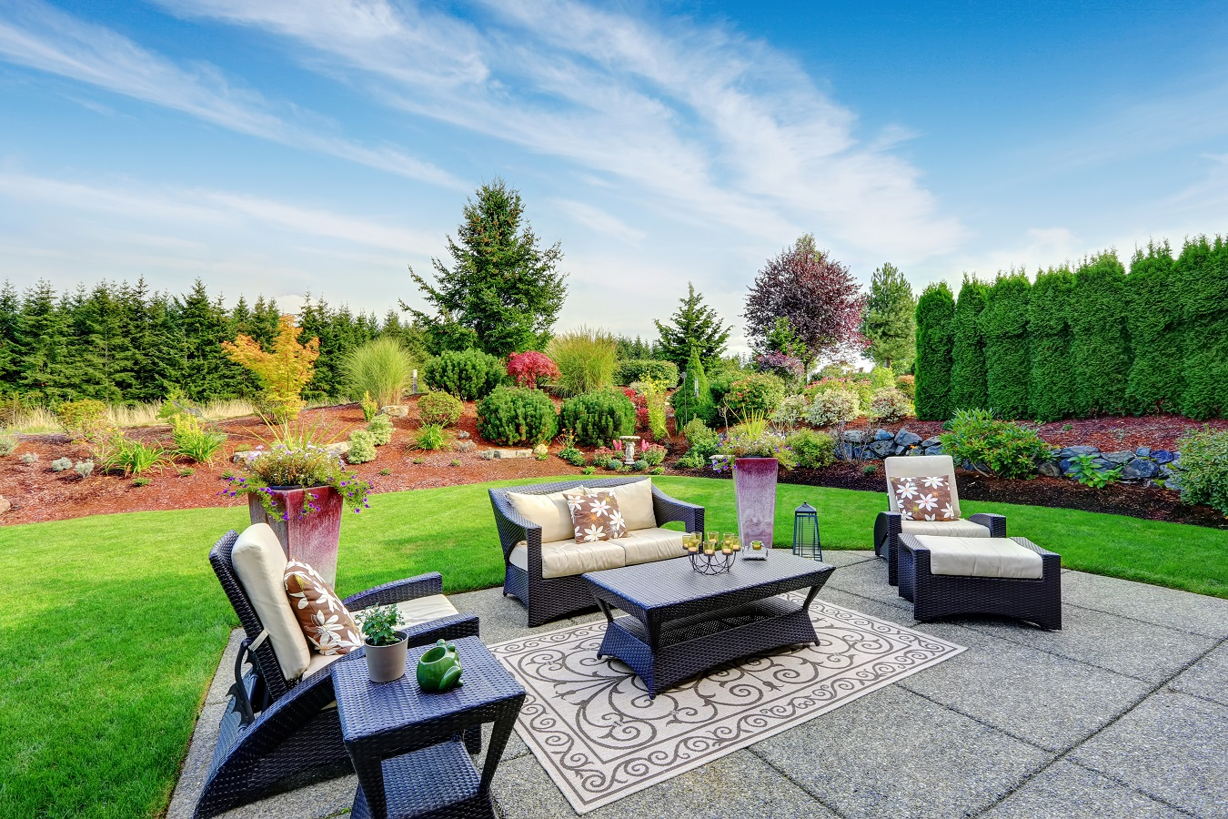 Integrate Your New Patio into the Landscape